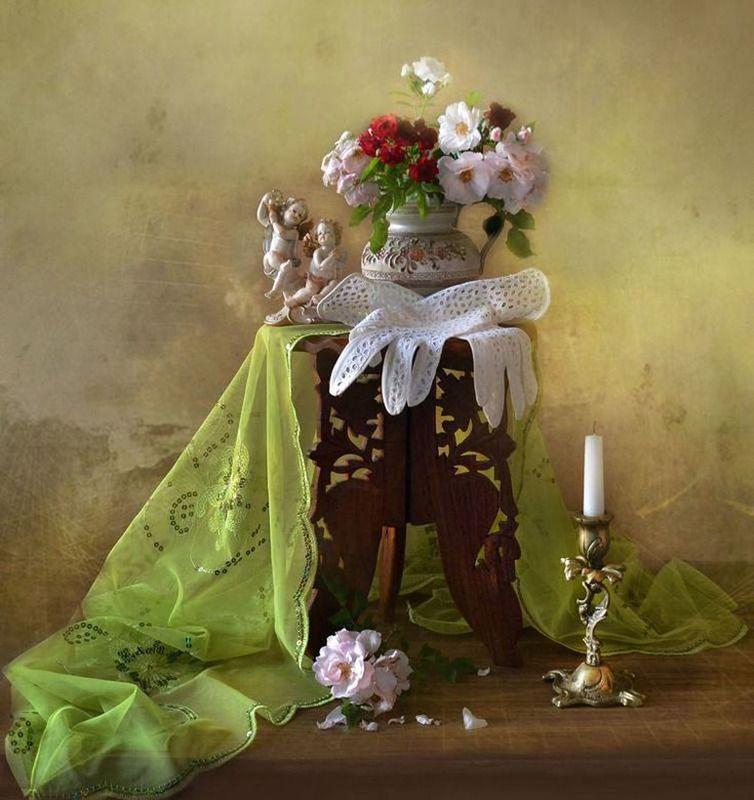 still life,натюрморт,фото натюрморт, цветы, розы, февраль, 23 февраля, именины, свеча, подсвечник, Именины сердца...photo preview