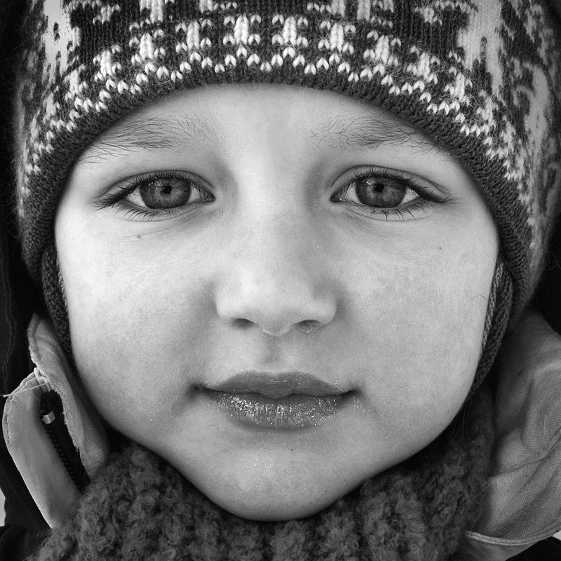 портрет, девочка, глаза, взгляд, апатиты, мончегорск Зимний портрет девочкиphoto preview