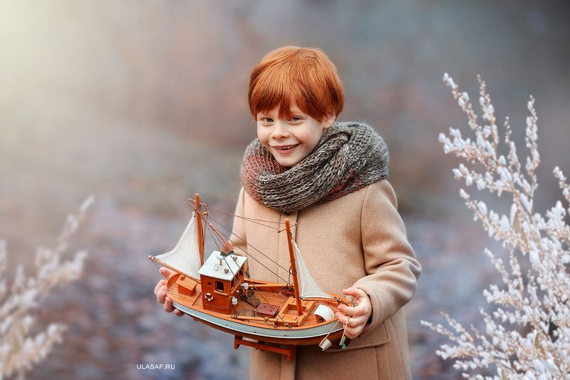 портрет, осень, мальчик, boy, autumn, лес, солнышко, лучи, sun, happy, happiness, сказка, волшебство, magik, рыжий, рыжик, red, зима, winter, кораблик, ship, boat, little ship ***photo preview