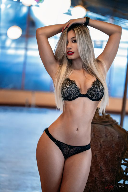 sexy, fashion, hot, latin, fitness, latin, mexican, girl, curves, hot, abs, сексуальный, горячий, дамское белье Isaphoto preview