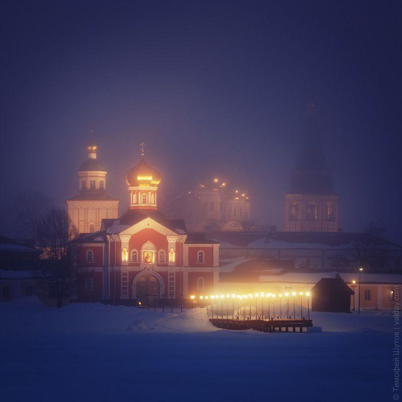 иверский монастырь, валдай Ночной туманphoto preview