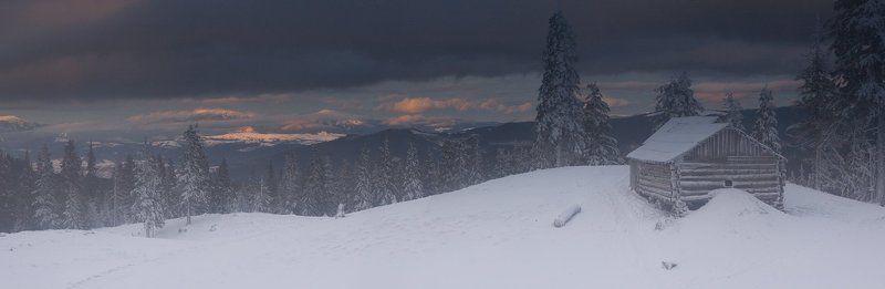 украина, карпаты, поход. новый год Игра света и снегаphoto preview