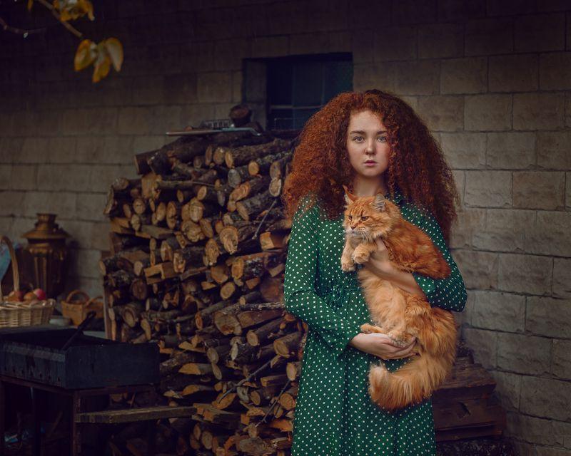 Девочка Соня и кошка Дусяphoto preview