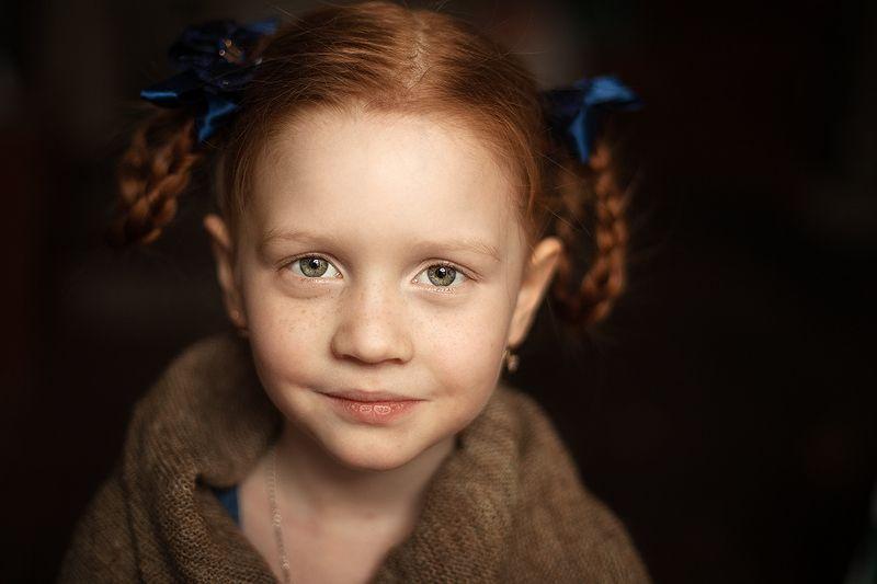 девочка, портрет, жанр За секунду до улыбкиphoto preview