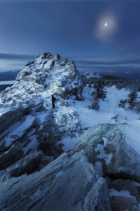 Урал, Южный Урал, ночной пейзаж, зимний пейзаж, Зюраткуль, Национальный парк Хребет Зюраткульphoto preview