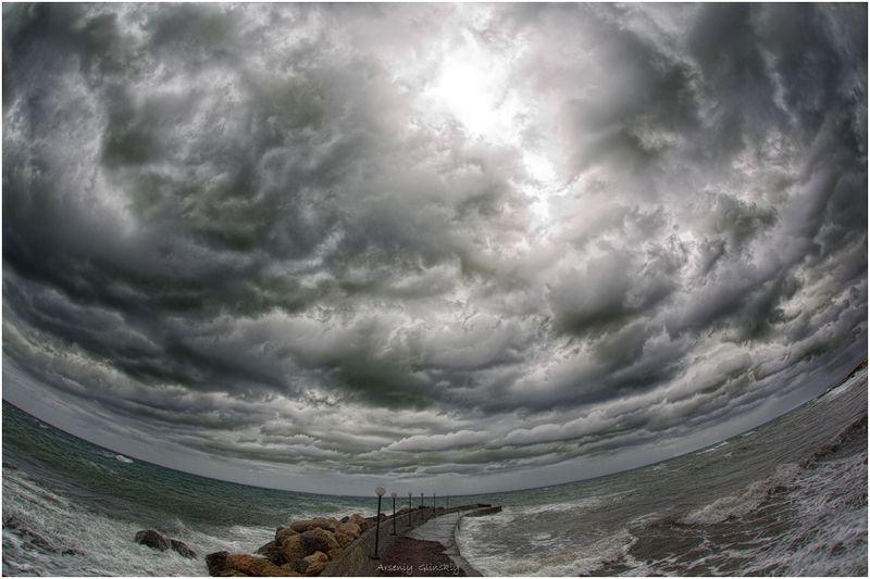 море пасмурное небо облака просвет солнца Прозрение...photo preview