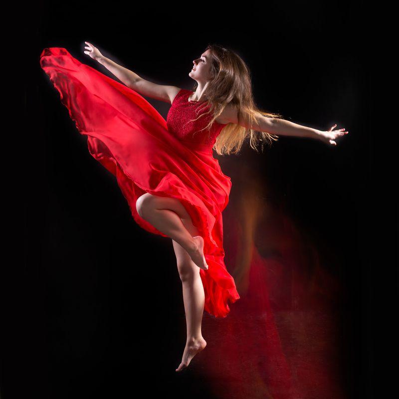 танец, красный, цвет,девушка, движение, динамика,олег_грачёв,canon canonlens, dance,girl, red,oleg_grachev Аннаphoto preview