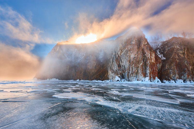 байкал озеро лед Туманное утроphoto preview