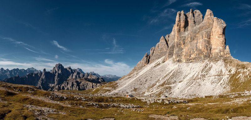 Италия, горы с корнемphoto preview