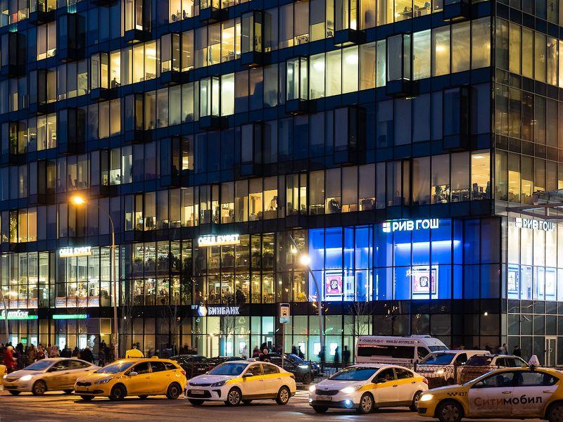 #юрийклимовфотограф #klimofoto #olympus_ru Московская вечерняя, разноцветнаяphoto preview