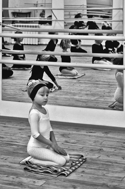 танцы, девочки, урок, апатиты Мир танца. Белый лебедьphoto preview
