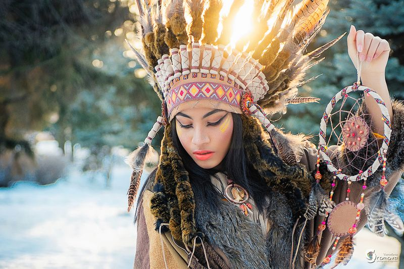 индианка, хаски, зима, роуч, ловец снов American native dreamsphoto preview