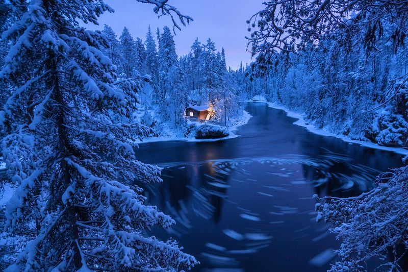 Лапландия, Финляндия, пейзаж,  национальный парк, Oulanka, природа, пейзаж, река, домик Ночь на берегу не очень тихой речкиphoto preview