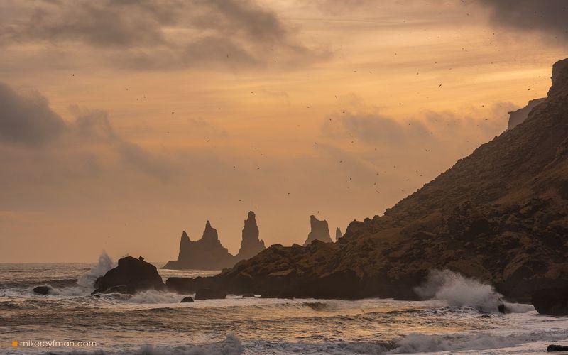 reynisdrangar, iceland, waves, ocean, power Reynisdrangarphoto preview