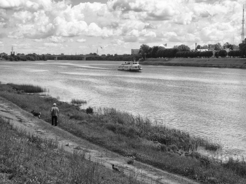 tver, black and white, monochrome, russia, midday, calmness Midday promenadephoto preview