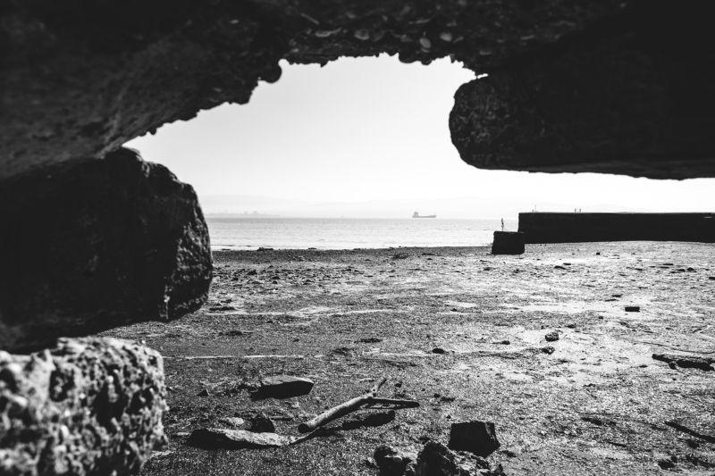 Словения, черно-белая, море, весна Мореphoto preview