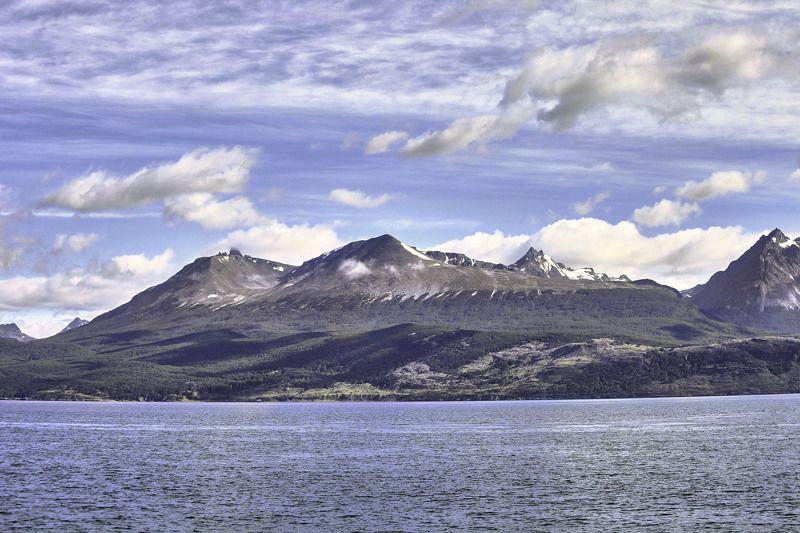 Горы Мартьяль, пролив Бигля. Огненная Земля. Аргентинаphoto preview