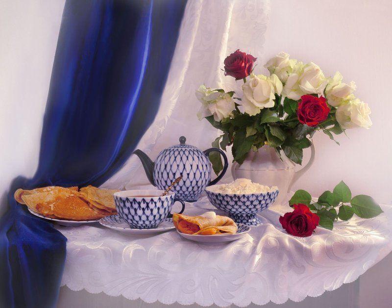 still life,натюрморт,март, весна, масленица, блины, цветы, розы, угощение, поздравление С масленицей!photo preview