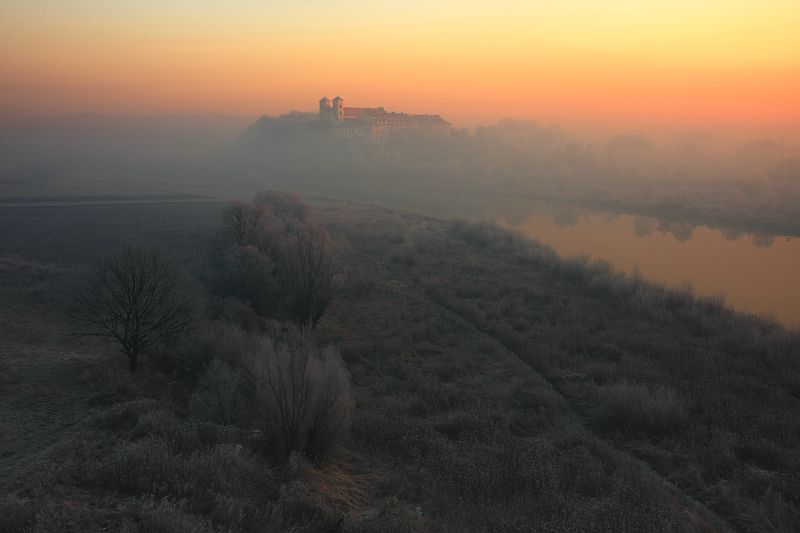 sunrise, morning, mood, light, mist, river, frost Young hourphoto preview