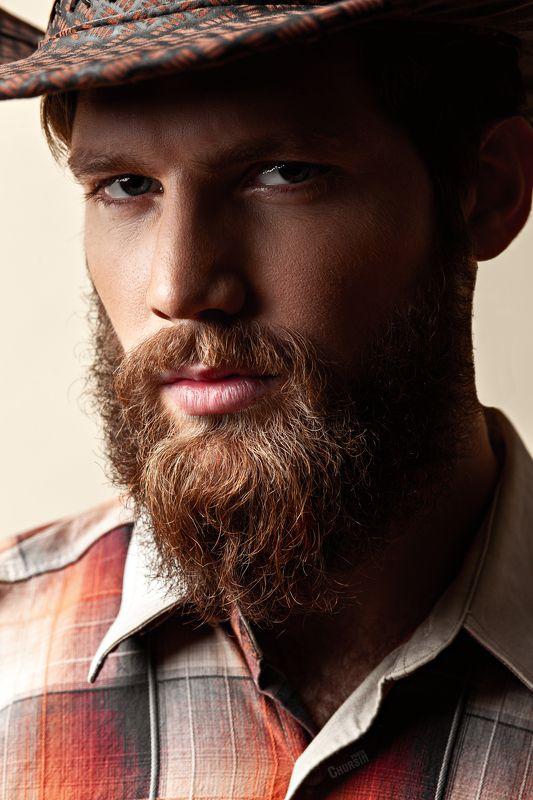 мужской портрет, ковбой, в шляпе, борода, с бородой Гламурный ковбойphoto preview