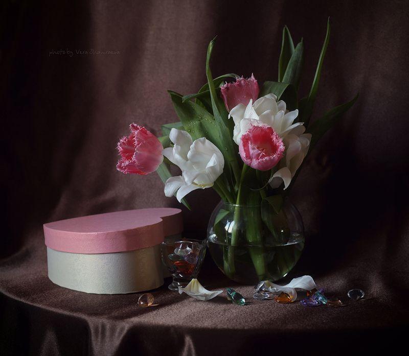 тюльпаны  8 мартаphoto preview