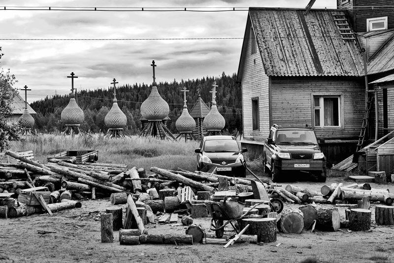 церковь, варзуга, купола, дрова, апатиты Дрова на зиму, купола для реставрацииphoto preview