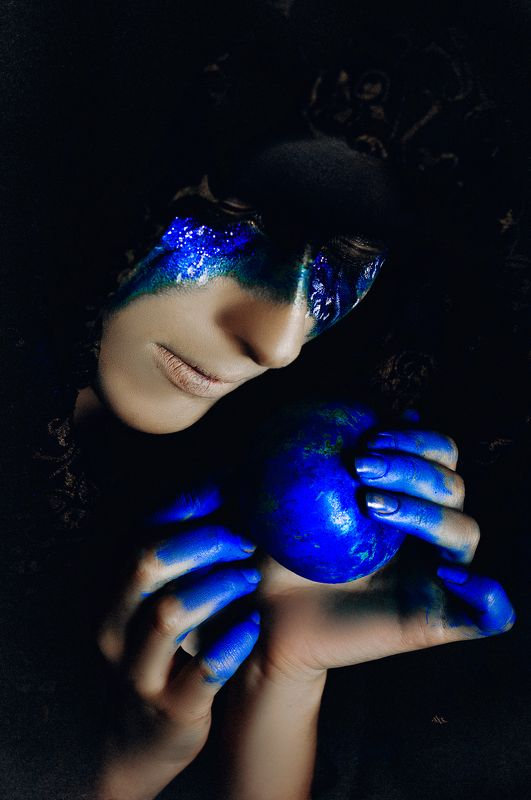 woman, beauty, fashion, art, conceptual, faceart, studio One taste of the poisoned apple...photo preview