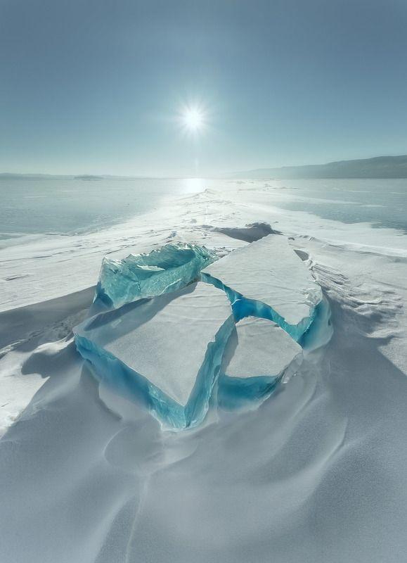 Холодные льдины Байкалаphoto preview