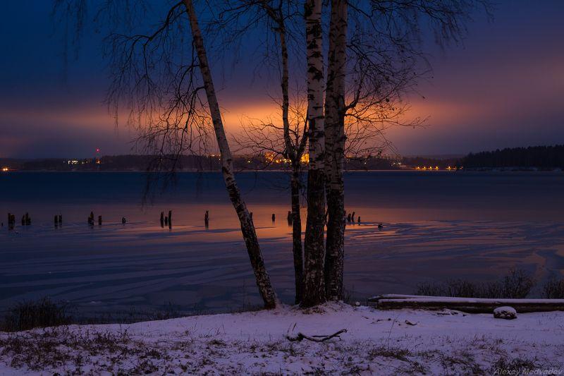 лед, ночь, ноябрь, озеро, осень, снег, Солнечногорск, Сенеж Ночной Сенежphoto preview