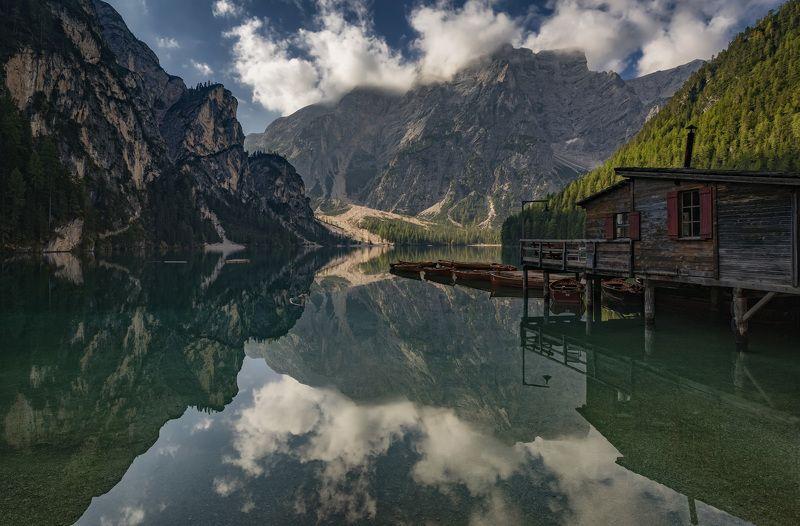 озеро, горы, отражение станцияphoto preview