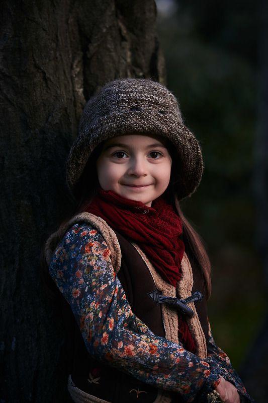 девочка в лесу Моя милаяphoto preview
