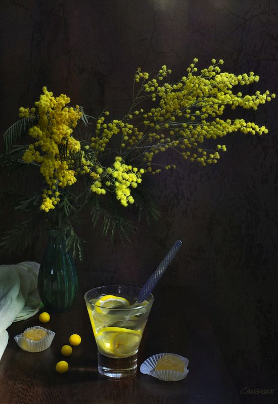 натюрморт,букет,мимоза,напиток лимон Свежесть..photo preview