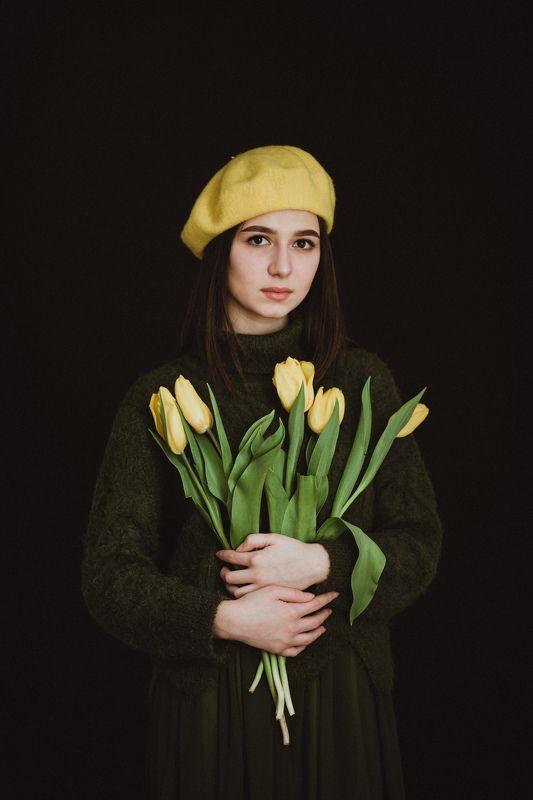 портрет, весна, женский портрет, тюльпаны, модель Яна photo preview