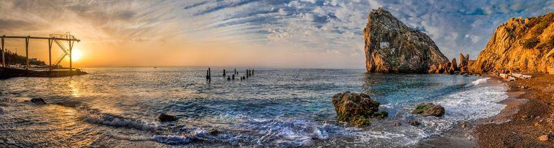 Летним утром на пляже у Дивыphoto preview