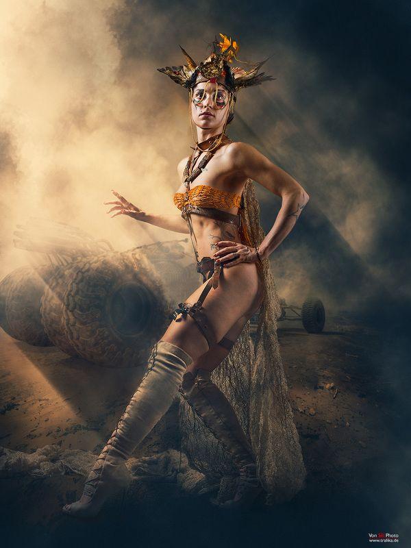 girl, desert, storm, auto, light, warrior Deserterphoto preview