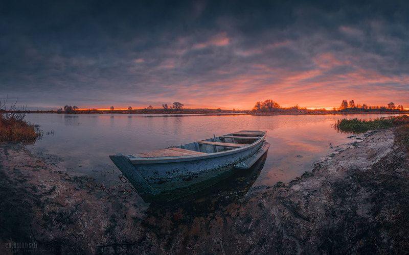 лодка, закат, река, тырница, осень, рязанская область Осенний закат фото превью