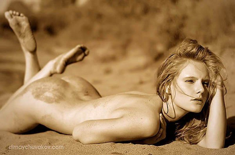 naked on the sand, nude, girls, Naked on the sandphoto preview