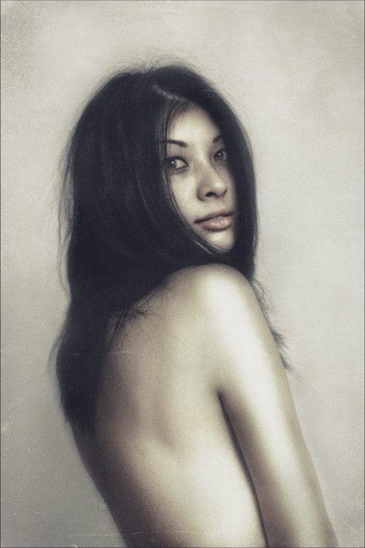 portrait,girl,портрет девушки,портрет,b&w Is...photo preview