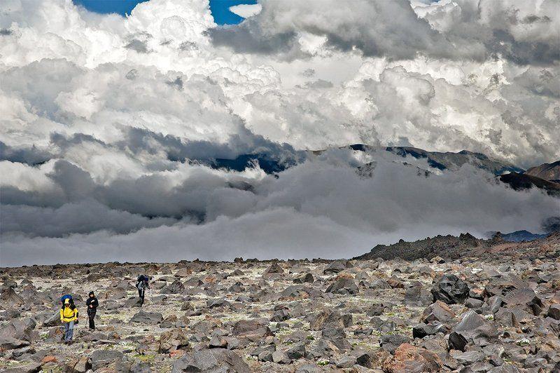 эльбрус, кавказ, горы, альпинизм, восхождение, скалы ленца, восточная вершина, 5621. Как перезимовать лето?photo preview