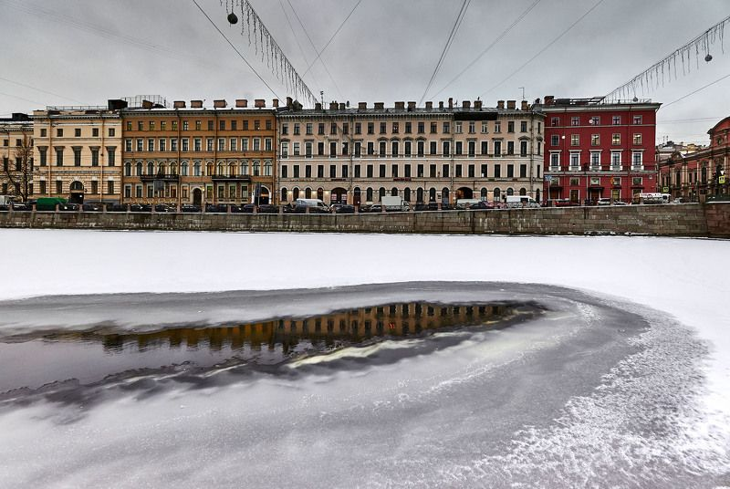 Набережная Фонтанки . Санкт-Петербург. Россияphoto preview