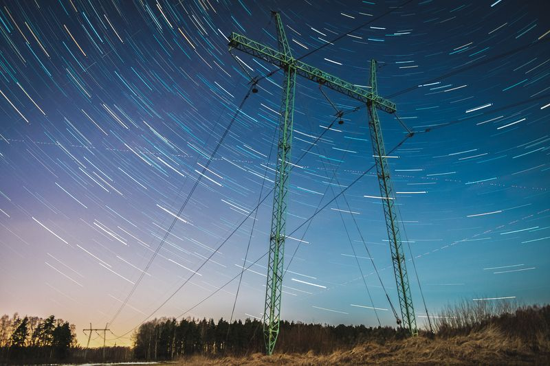 #пейзаж #природа #ночь #лэп #звёзды Цветные трассера звёздphoto preview