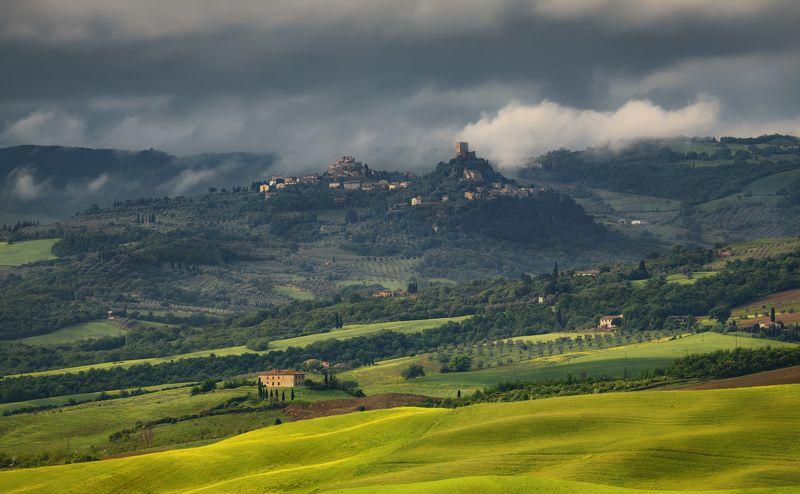 италия, тоскана, поля тосканские городкиphoto preview