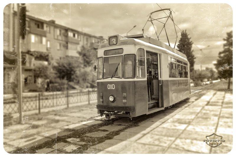 Евпаторийский трамвайчикphoto preview