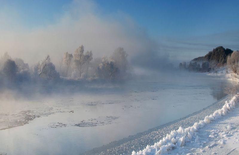 Зимний рассветphoto preview