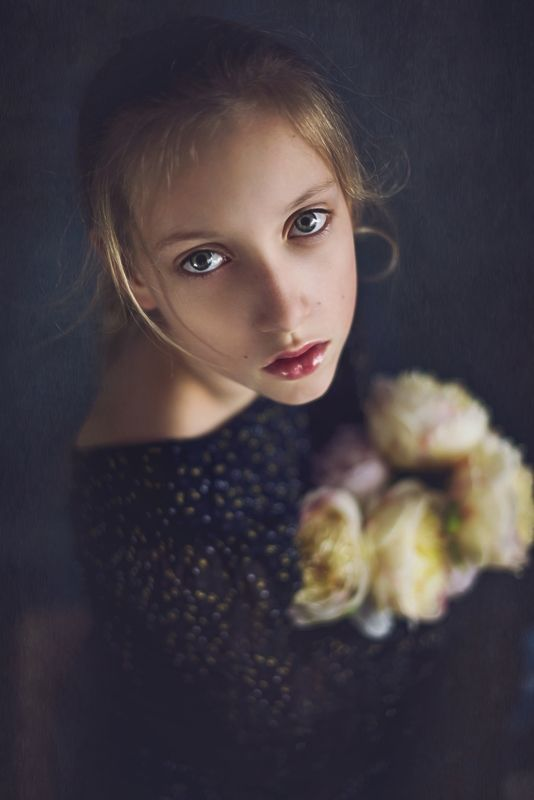 girl, portrait, eyes, look, photo preview