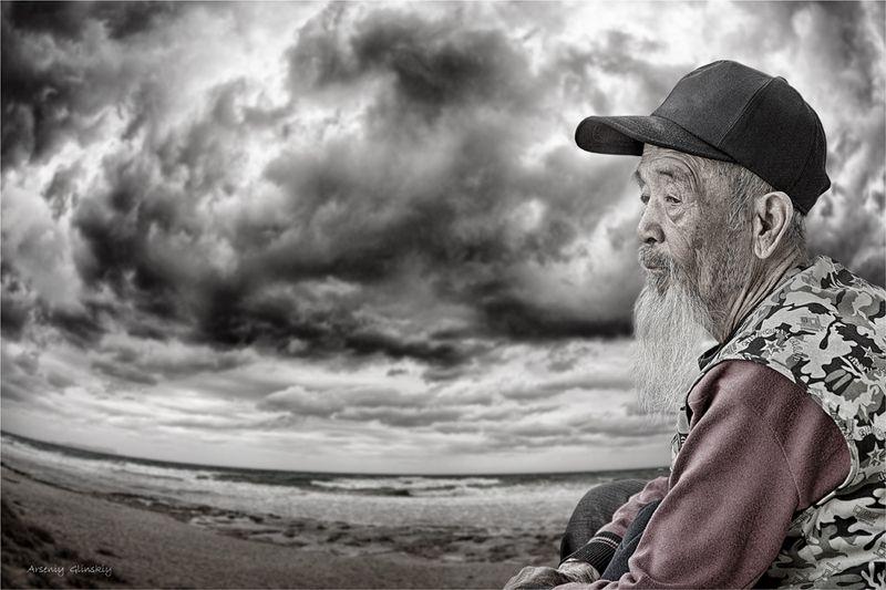 старик и море Между прошлым и будущим...photo preview