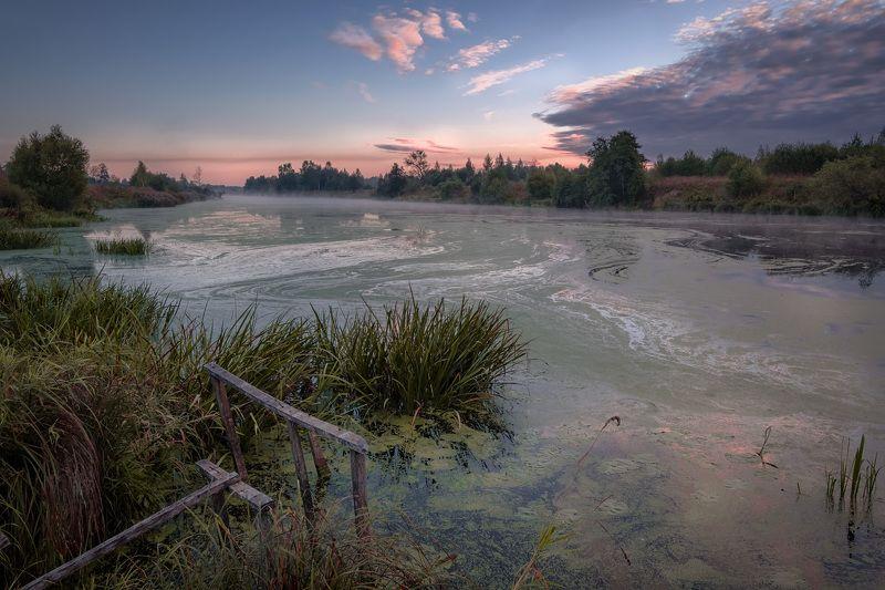 дубна, река, пейзаж, сентябрь, осень, рассвет, вода, природа, берег Цвететphoto preview