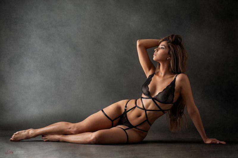 sexy, fashion, hot, latin, fitness, latin, mexican, girl, curves, hot, abs, сексуальный, горячий, дамское белье,venezuela,venezolan That Lingeriephoto preview