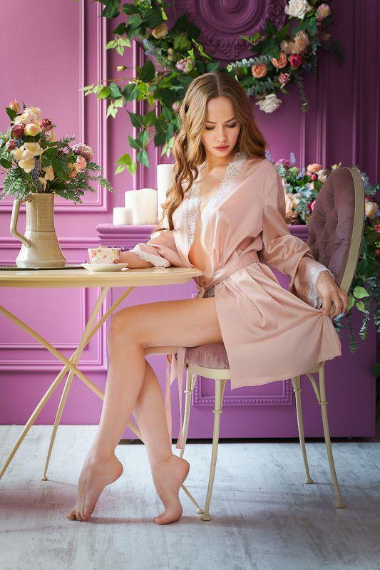 модель, студия, красота, цветы, нежность, халат, пеньюар, studio, pretty, model, beauty, pink, flowers Таняphoto preview