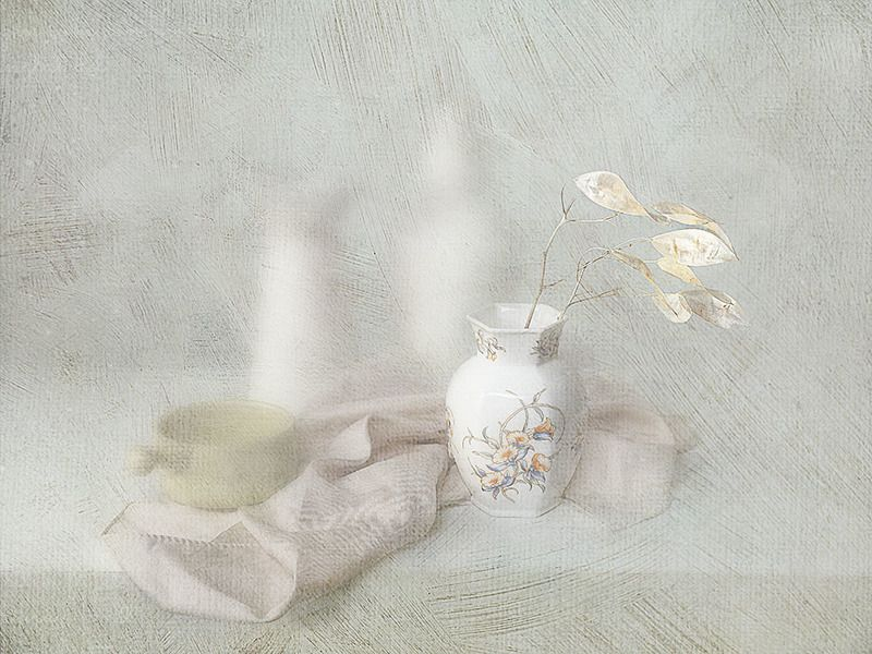 white in whitephoto preview